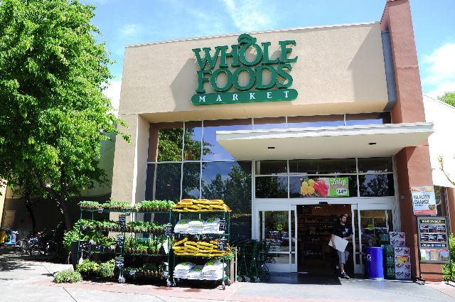 Whole Foods proposes full GMO labeling transparency