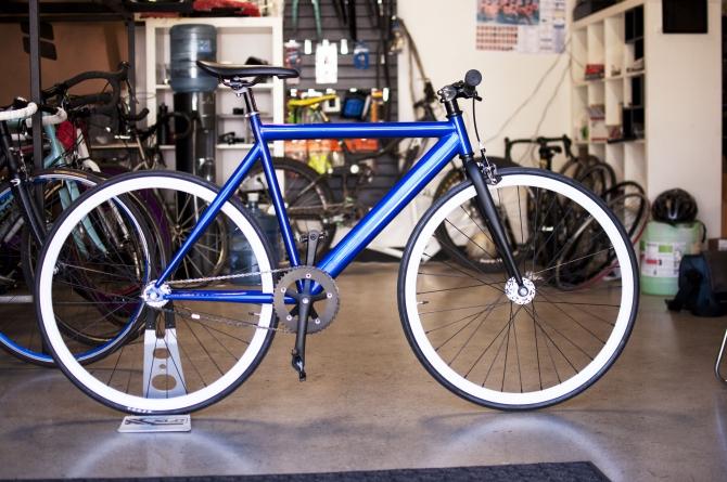 Davis alumni find niche in bike market