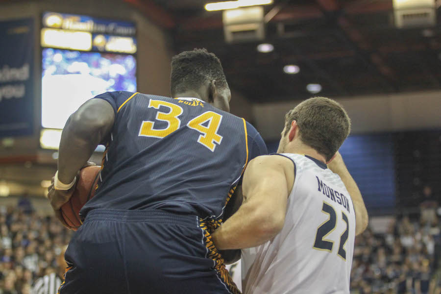 Massive second half effort thwarted by Anteaters