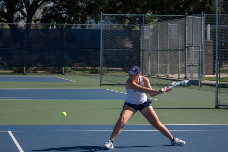 Women's tennis weekend matchups