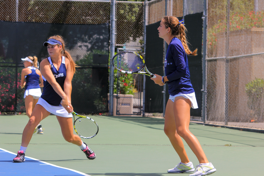 UC Davis women's tennis ends 4-match winning streak, falls to CSUN