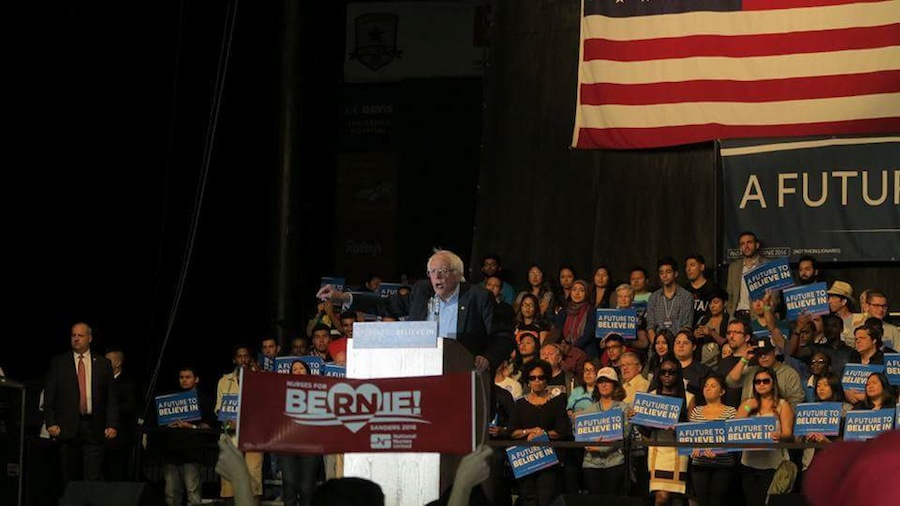 Over 21,000 attend Bernie Sanders campaign rally in Sacramento