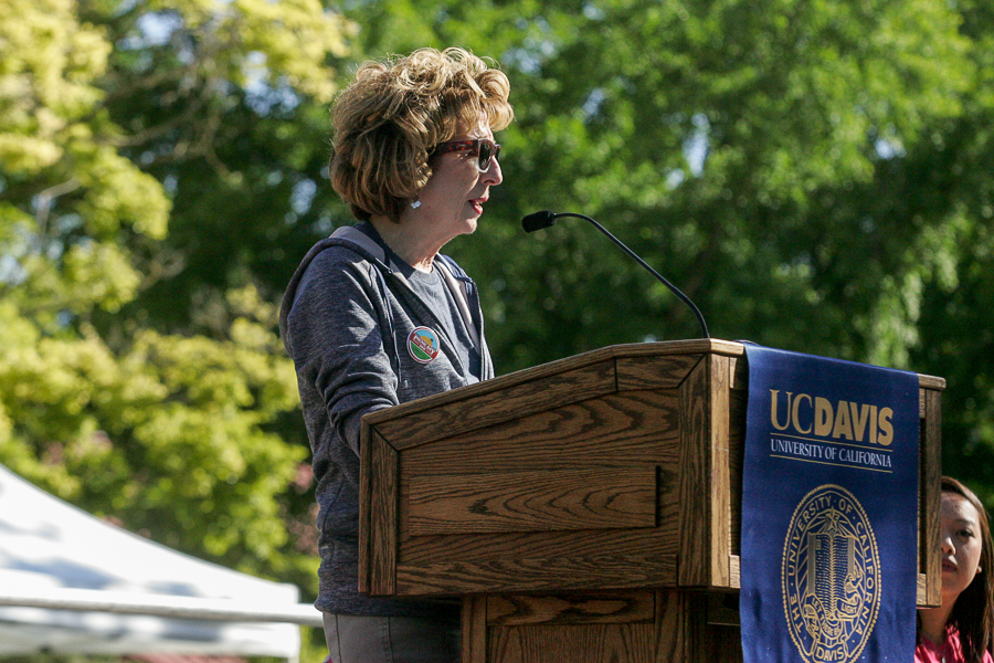 UC Davis chancellor resigns after pepper-spray scandal