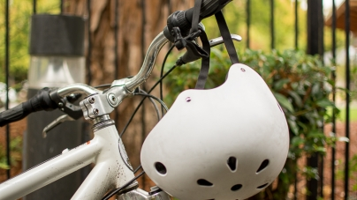 UC Davis student helmet usage still lags behind nationwide statistics, despite Helmet Hair Don't Care pledge