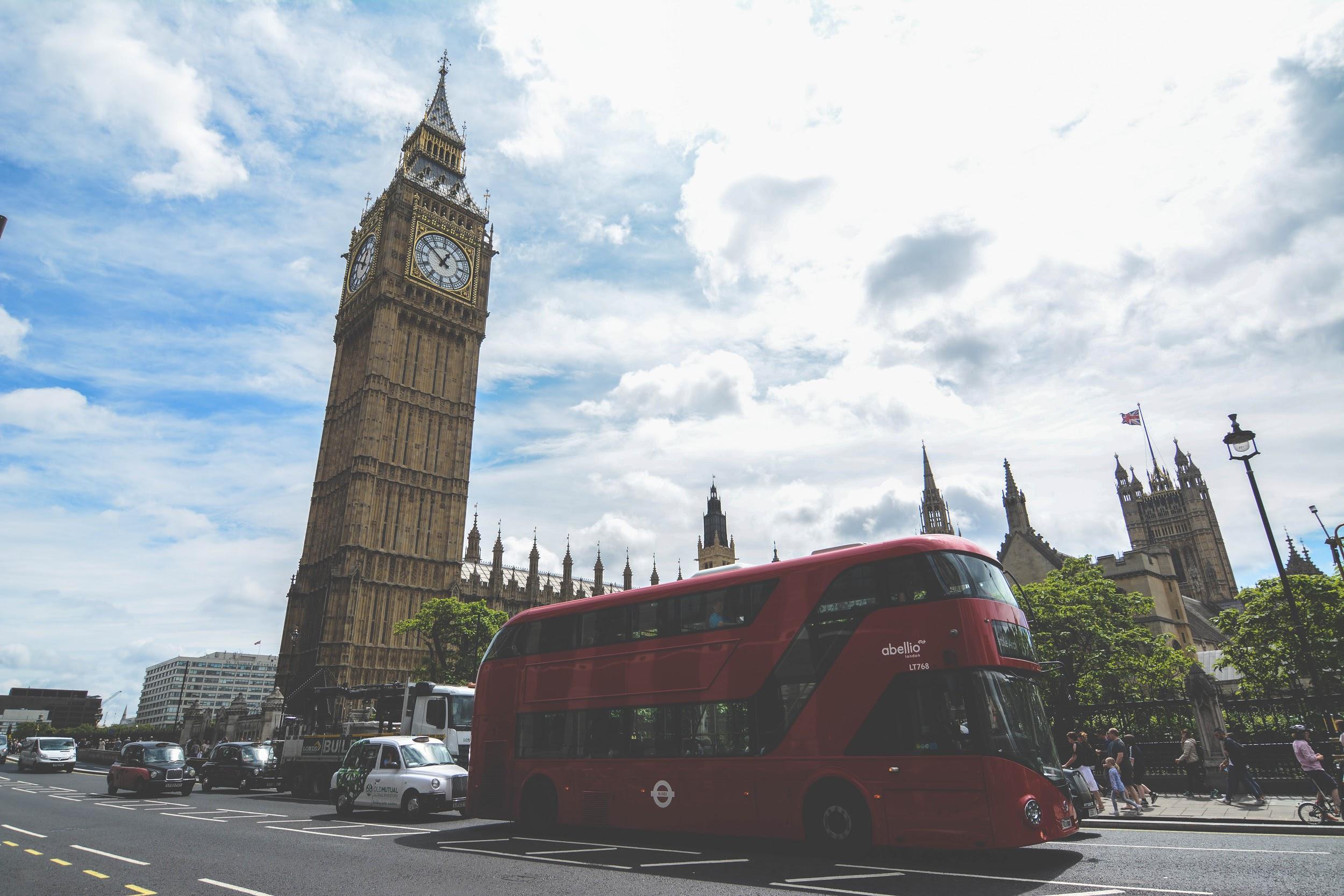 It doesn't get more London than this — Big Ben & Unitrans. (DANIEL TAK)