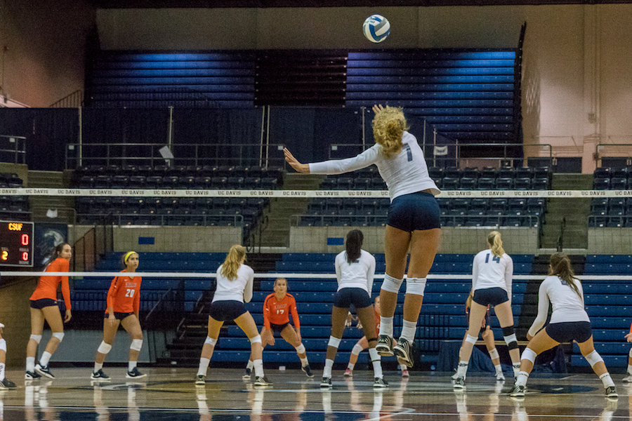 UC Davis women's volleyball enters second half of season with a victory