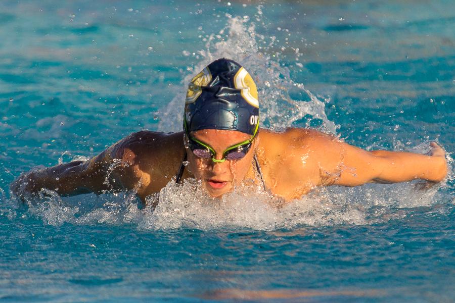 Fatigued UC Davis swim team splits double-dual at home