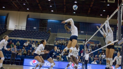 UC Davis women's volleyball falls 3 sets to 2 against Cal Poly