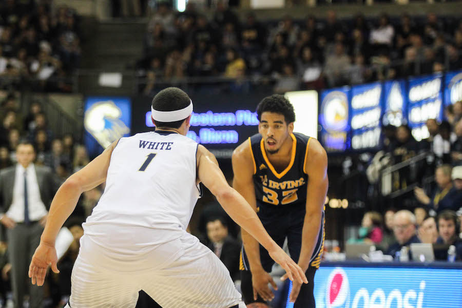 Men's basketball looks to stay hot against UC Irvine