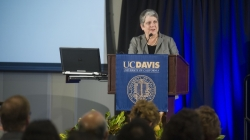 UC President Janet Napolitano to step down next year