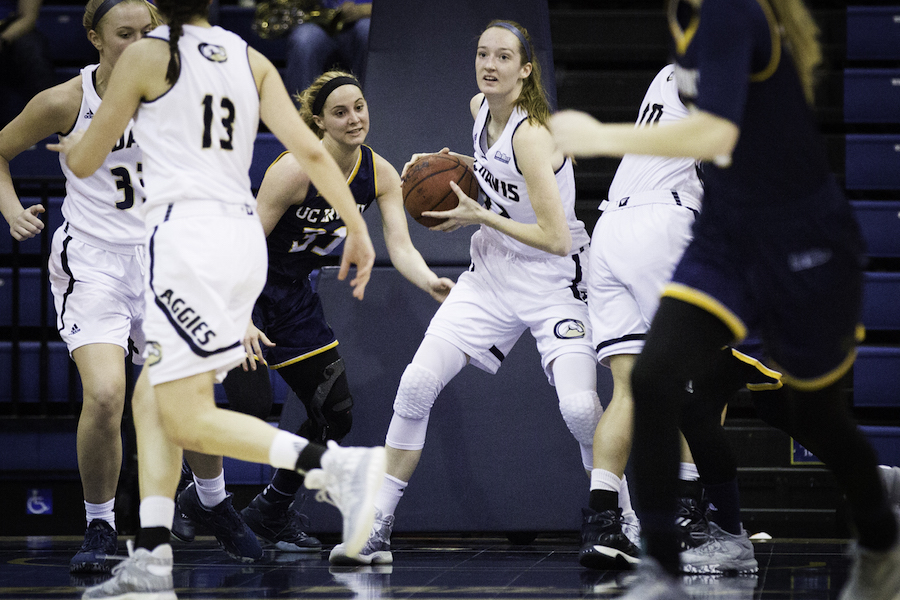 UC Davis women's basketball team holds off UC Irvine 62-42