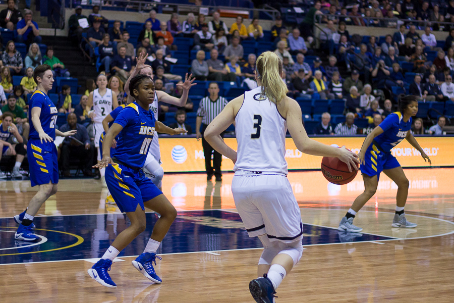 Women's basketball defeats UCSB in final home game - The Aggie