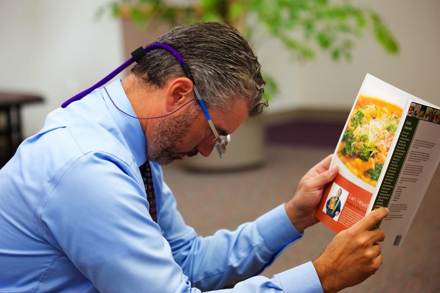 New type of glasses developed at the UC Davis Eye Center
