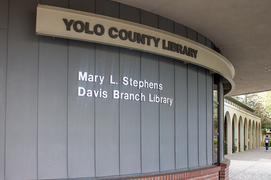 Yolo County Library introduces 'Pay it Forward' program