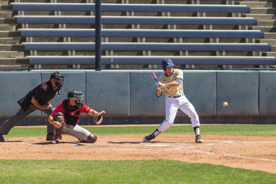 Aggies clinch series with victory over Matadors