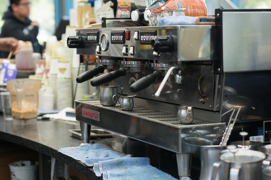 UC Davis Coffee Center, Specialty Coffee Association sign two-year research partnership