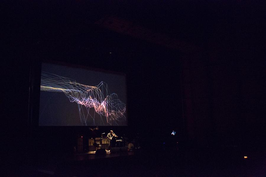 Andrew Bird displays eclectic music style