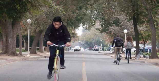 Humor: Davis students put Stranger Things kids to shame in panicked biking contest