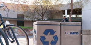 Humor: Allegations arise that Dining Commons puts food in its garbage