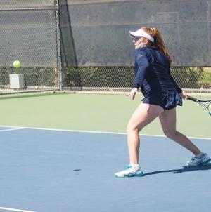 Women's tennis dismantles Sonoma State