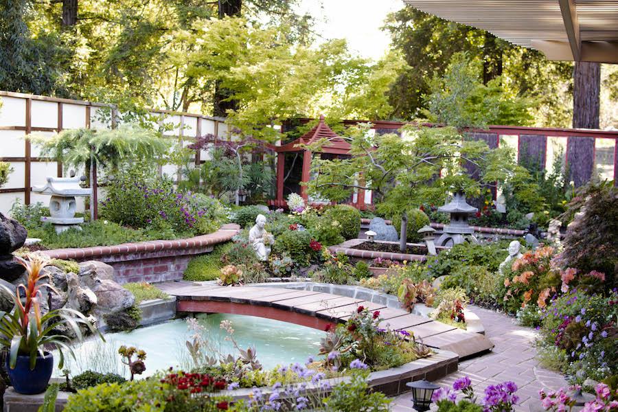 Davis garden tour fundraiser for Yolo Hospice