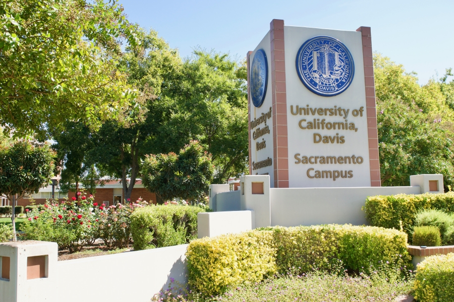 UC nurses to finalize contract with 15 percent pay raise