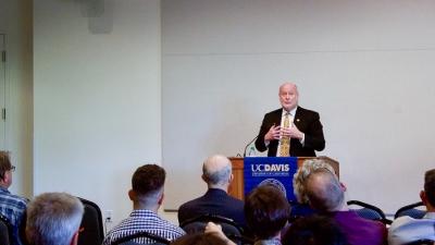 In speech at UC Davis, UC Irvine chancellor says universities cannot enforce hate speech codes