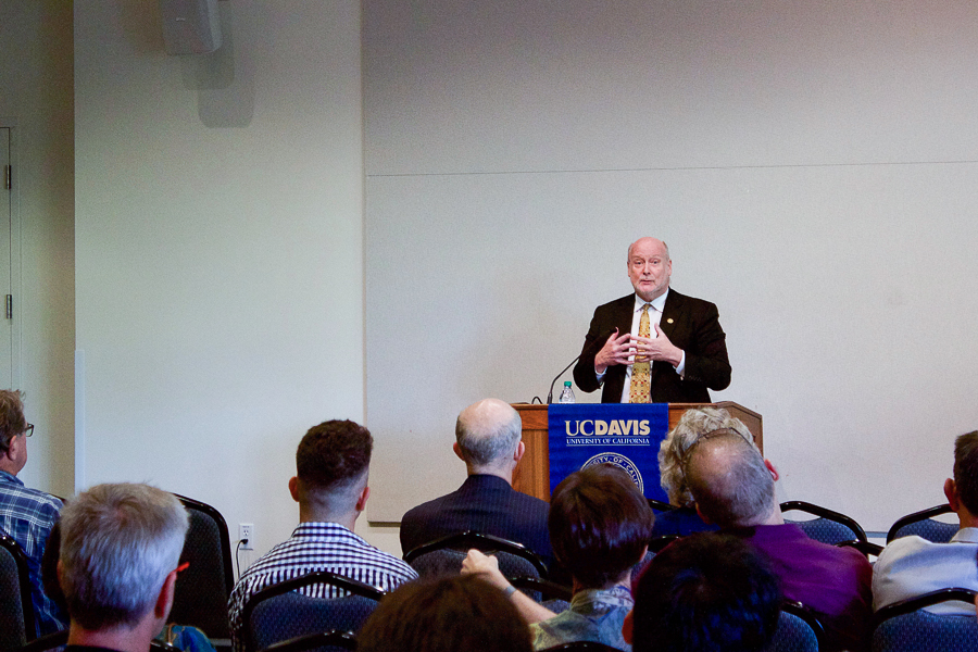 In speech at UC Davis, UC Irvine chancellor says universities cannot enforce hate speech codes