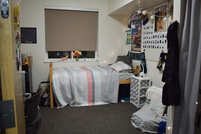Students make choices to live alone in dorms