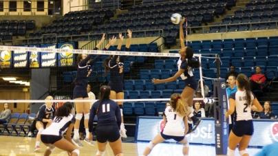 Volleyball's Mahalia White battles back