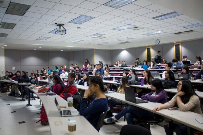 The unique and engaging experiences of first-year seminars