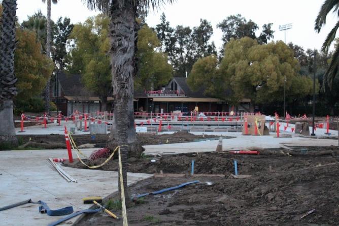 Construction of UC Davis Recreation Pool on schedule