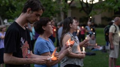 Over 200 attend Davis vigil protesting migrant, asylum seeker detention centers