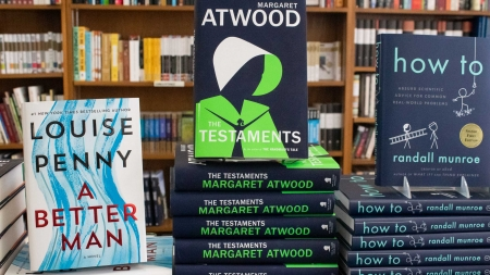 "Review: Margaret Atwood's ""The Testaments"""