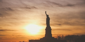 Study of immigrant economic mobility highlights success of US immigrants