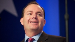 Senator Mike Lee clarifies controversial Tweets by ignoring their context