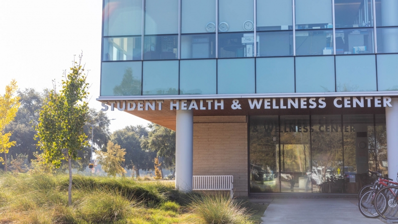 UC Davis extends COVID-19 vaccinations to patients