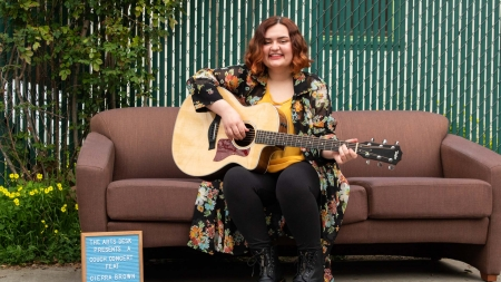 Couch Concert: Cierra Brown