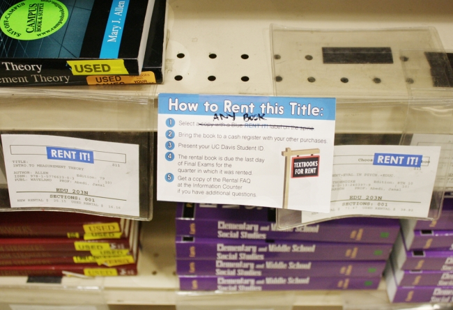 Bookstore rental program continues successfully